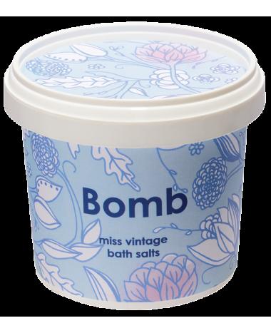 BOMB COSMETICS MISS VINTAGE BATH SALTS 2...